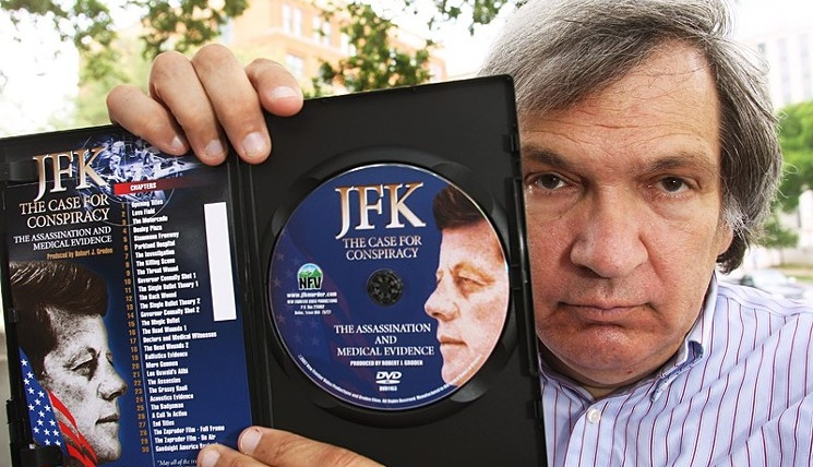 Robert Groden, JFK Expert, Settles with Dallas After 82 Bad Arrests.